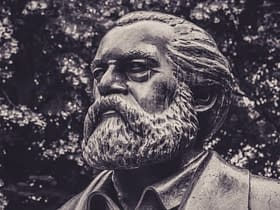 statua Carl Marx