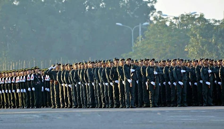 soldati laotiani