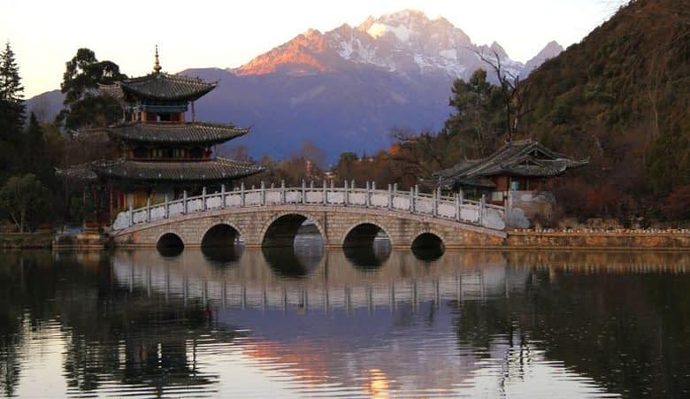 ponte lago