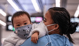 coronavirus pechino zittisce critiche