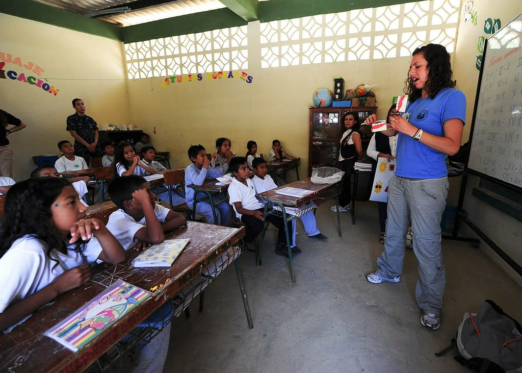 scuola insegnante alunni