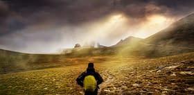 esplorazione zaino paesaggio montagne