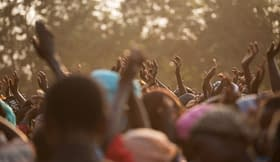 mani persone Africa balli