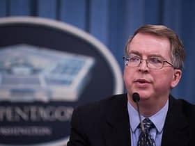 Eric Schmidt che attualmenEric Schmidt accusa Huaweidi consegnare i dati direttamente alla Cina
