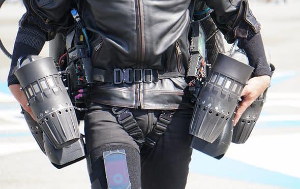 volare Richard Brownig tuta Gravity Jet Suit