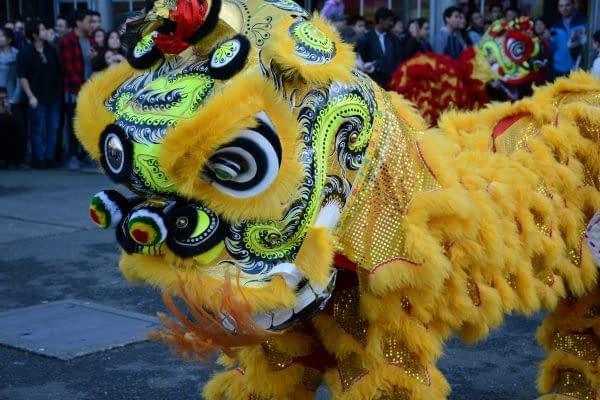 leone nuovo anno cinese