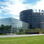 italia asservita alla Cina europa scegliere tra USA e Cina