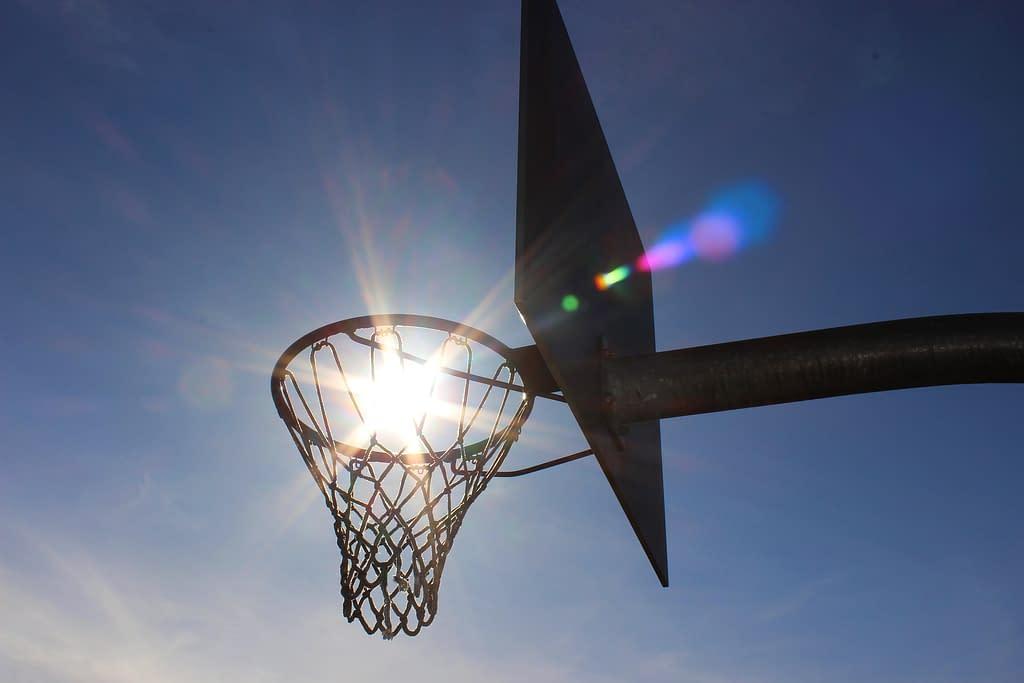 canestro retina tabellone pallacanestro