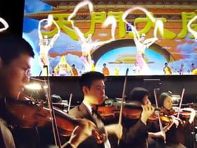 Shen Yun ballerini musicisti